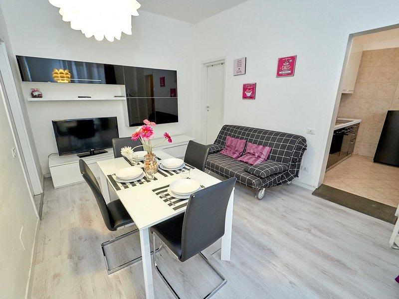 Bilocale con wifi e balcone, in comoda zona servita a pochi minuti dal centro, holiday rental in Ponteranica