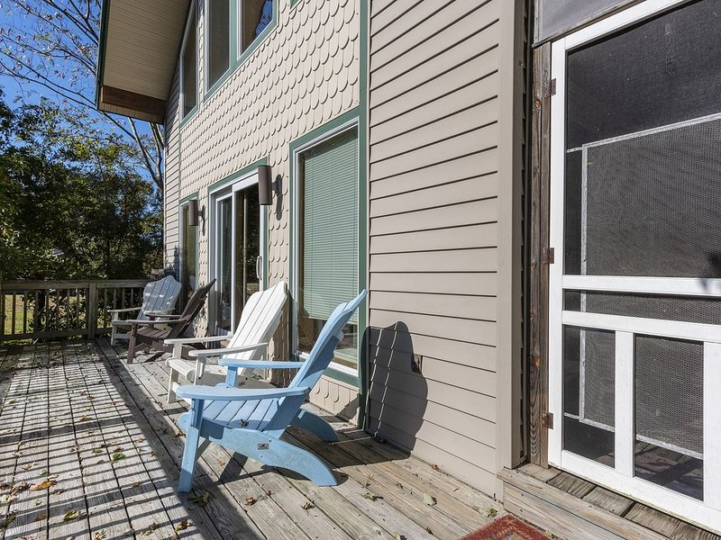 Relax with Sweet Tea on the huge Front Deck.
