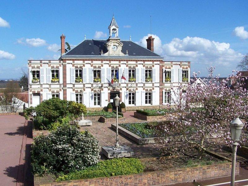 Maison et jardin, chambre a louer, au calme et cosy – semesterbostad i Thoiry