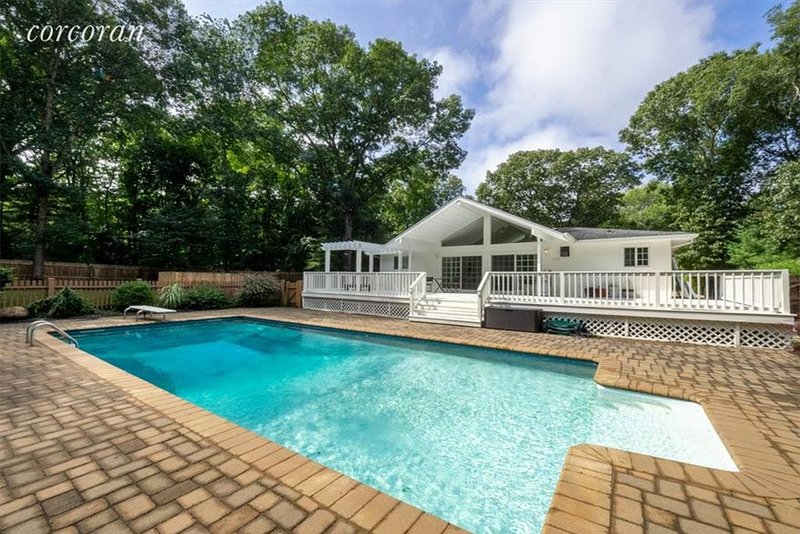 East Hampton Beach House, holiday rental in Springs