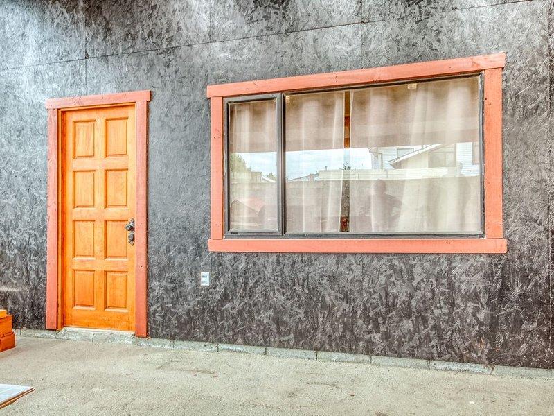 Downtown, family-friendly studio w/great location near the ocean!, alquiler de vacaciones en Punta Arenas