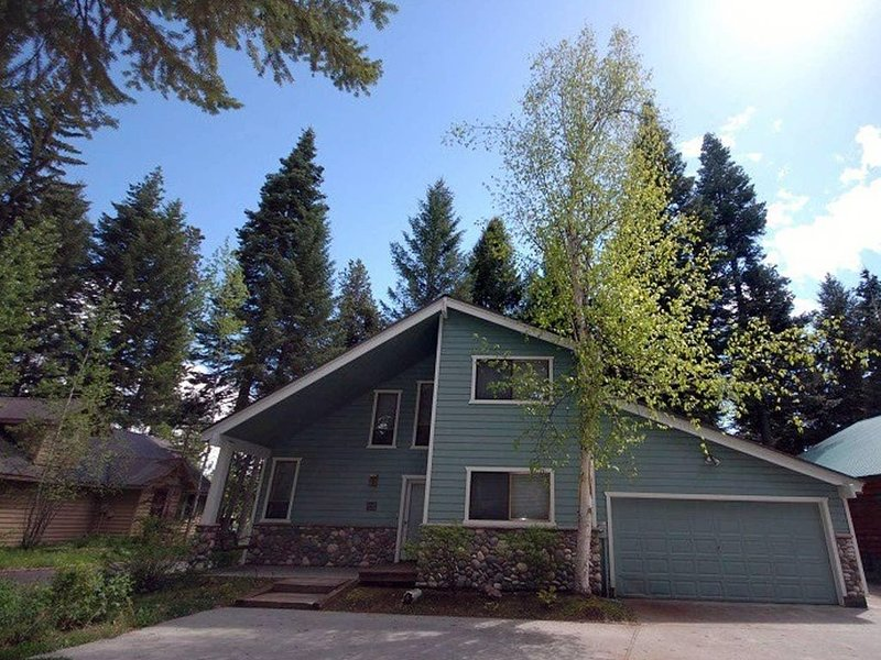 Executive Golf Course Home on 6th Green of McCall Municipal, vacation rental in McCall