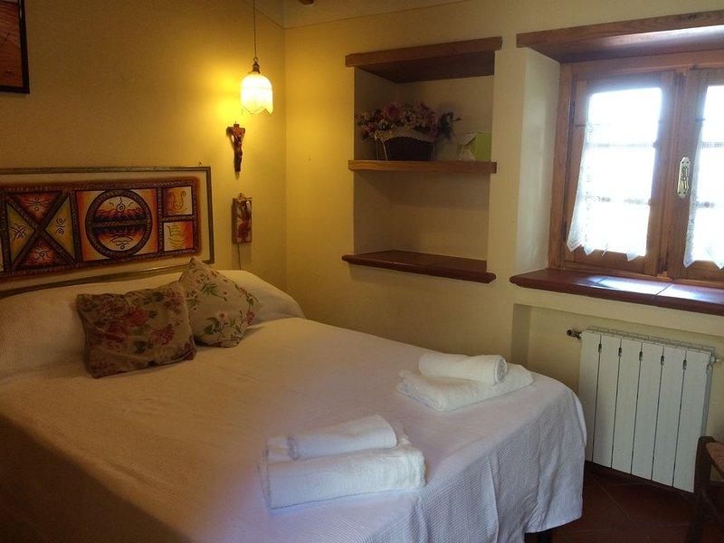 Meravigliosa casa con panorama unico, aluguéis de temporada em Massarosa