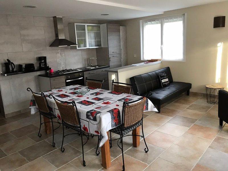 La Maison des Ounais . Classé 4 ****, holiday rental in Salins-les-Bains