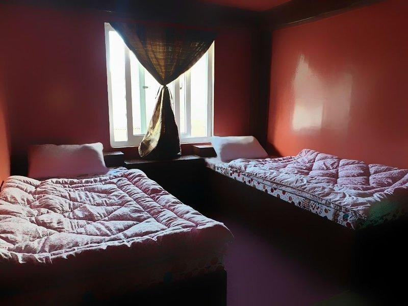Lama Hotel, bed and breakfast, location de vacances à Namche Bazaar