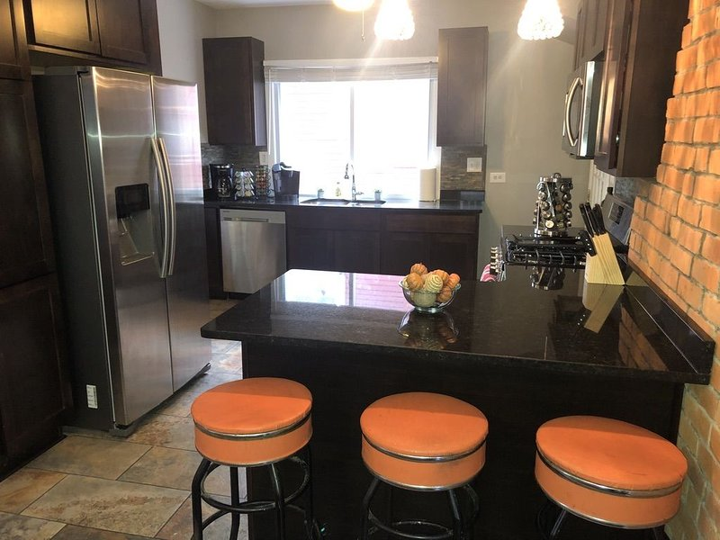 Gem on Farnum - Stroll to Downtown Royal Oak, holiday rental in Clawson