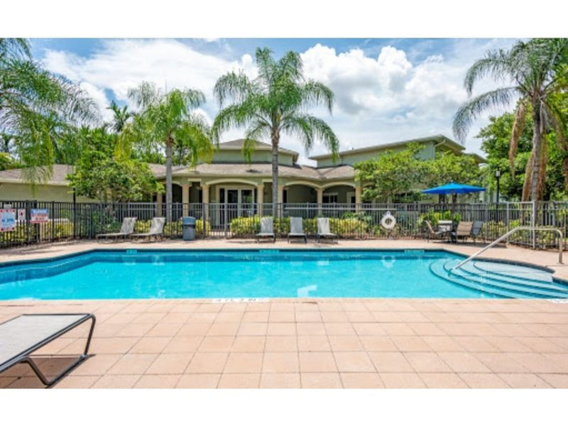 Superbowl home away from home five minutes away from stadium, holiday rental in Miami Lakes