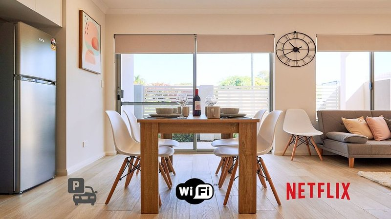 Quiet Garden City Unit -  Free WiFi & Parking, holiday rental in Jandakot