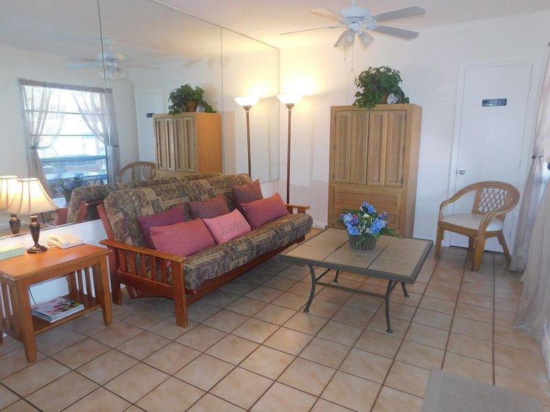Gulf Beach Resort 301A- One Bedroom, vacation rental in Lido Key