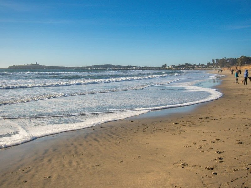 Miramar Beach Home | Walk to Beach, Trails, Family Activities, holiday rental in Moss Beach