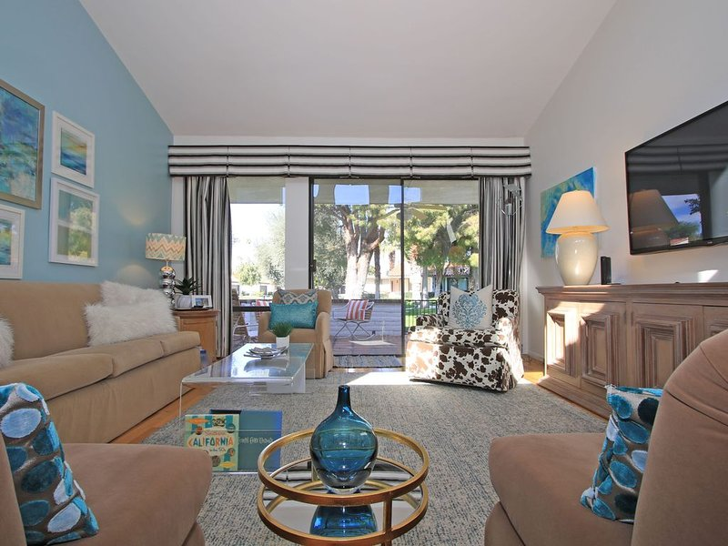 A KNOCKOUT PROPERTY IN RANCHO LAS PALMAS ... UPDATED TO PERFECTION, holiday rental in Rancho Mirage