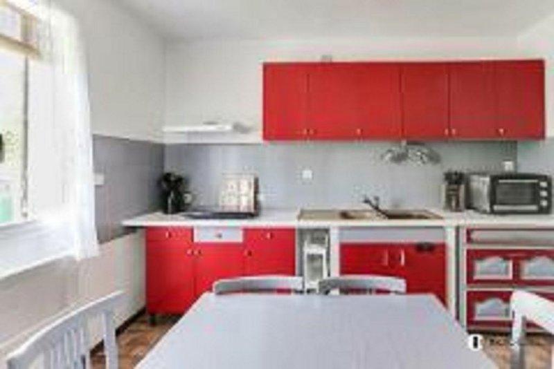 Villa paisible et de charme avec piscine privée. 2 chambre 7 à   8 personnes, vacation rental in Colomars