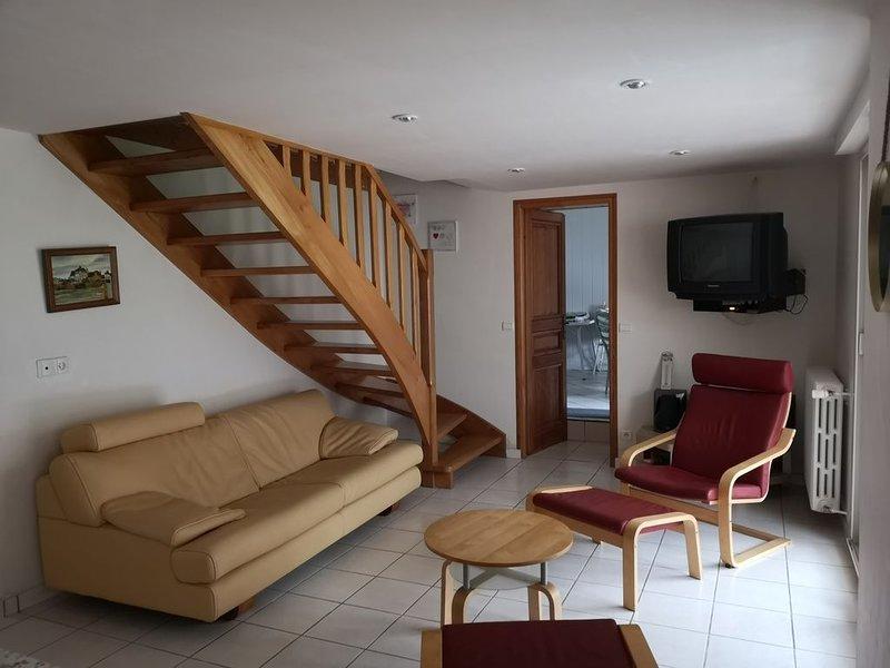 Maison pour 8 personnes proche centre-ville de Landerneau, location de vacances à Landivisiau
