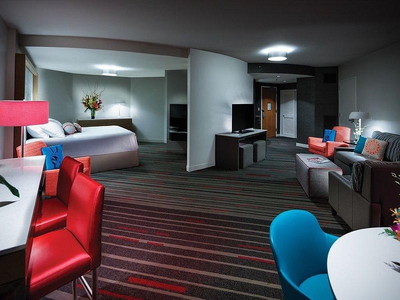 2 Bedroom 2 Bathroom King Garden View Suite * Universal's Hard Rock Hotel, aluguéis de temporada em Winter Garden