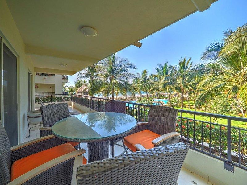 Beautiful Beach Front 3 Bdrm Condo Playa Royale Nuevo Vallarta, vacation rental in Nuevo Vallarta