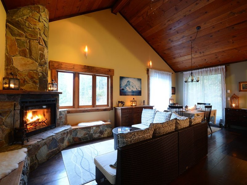 Private Chalet - Relax and unwind or recreate to your heart's content, alquiler de vacaciones en Pemberton