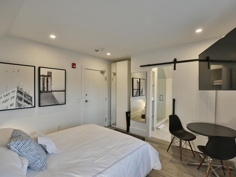 308, Studio - Downtown Collingwood, Luxury Boutique Hotel., alquiler vacacional en Collingwood