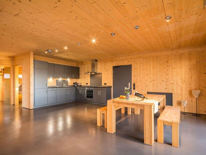 Ferienwohnung Neubau 3, 100qm, 3 Schlafzimmer, max. 6 Personen, alquiler vacacional en Buggingen