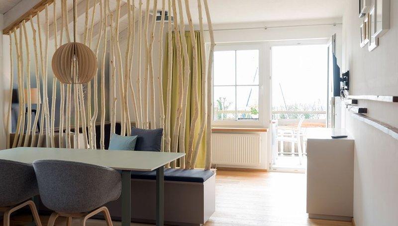 Apartment Hopfenhaus 6, 45qm, 1 Schlafzimmer, 1 Wohn-/Schlafraum, max. 2 Person, casa vacanza a Markdorf