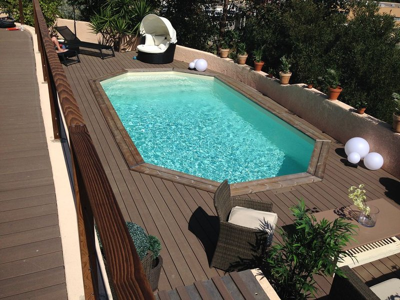 Amazing villa with swimming-pool, vacation rental in Mezzavia