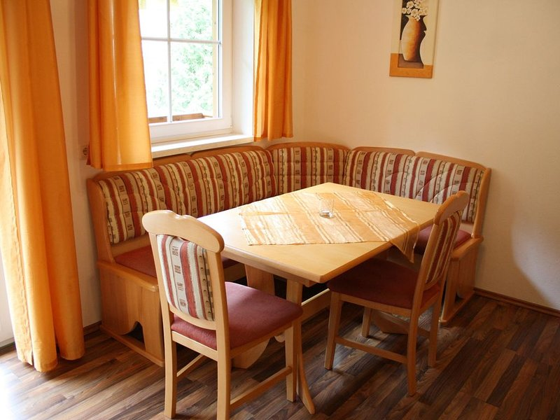 Spacious Apartment in GroBarl with Sauna, vakantiewoning in Grossarl