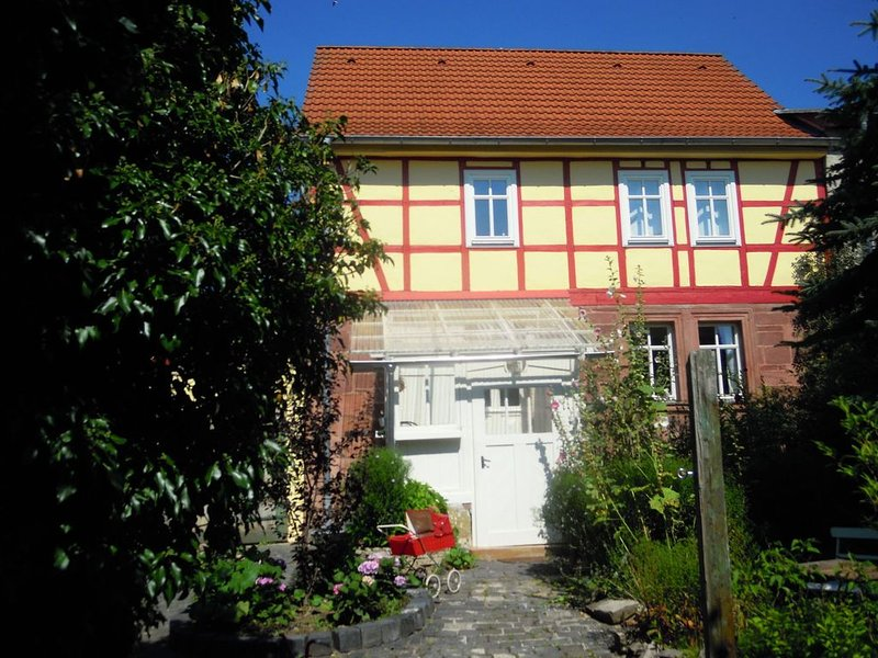 Luxury Holiday Home in Steinthaleben with Private Terrace, holiday rental in Urbach