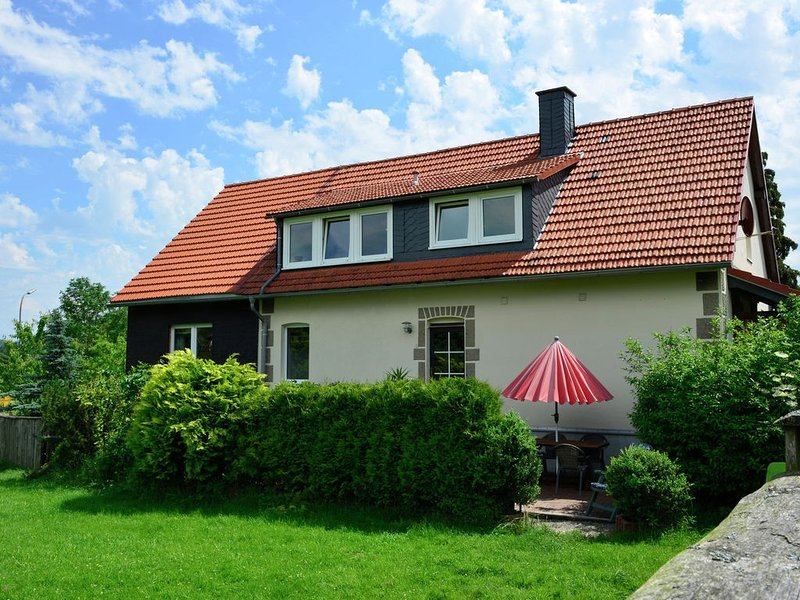 Enticing Apartment in Stormbruch near Ski Area, holiday rental in Heringhausen