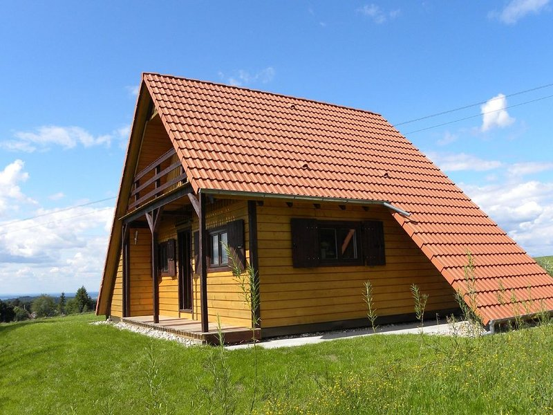 Cozy Chalet in Dabo with Terrace, holiday rental in Saverne