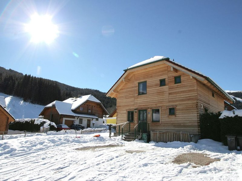 Spacios Chalet with Sauna, Balcony, Ski Storage, Garden, vacation rental in St. Margarethen