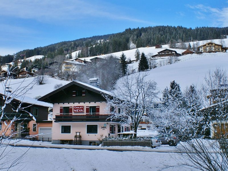 Furnished Chalet in Saalbach-Hinterglemm with Sauna, aluguéis de temporada em Saalbach-Hinterglemm