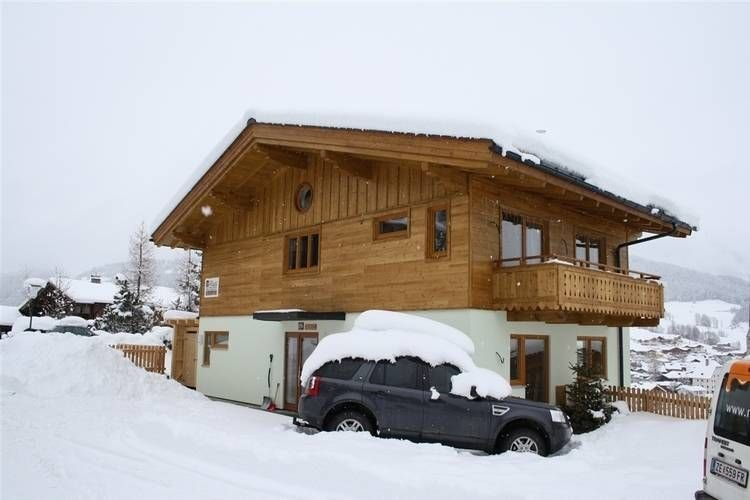 Modern holiday home with postcard view of the beautiful Maria Alm, location de vacances à Maria Alm