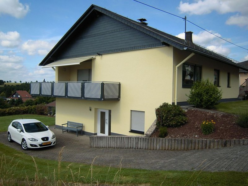 Peaceful Apartment in Morbach-Morscheid with Garden, holiday rental in Bollenbach