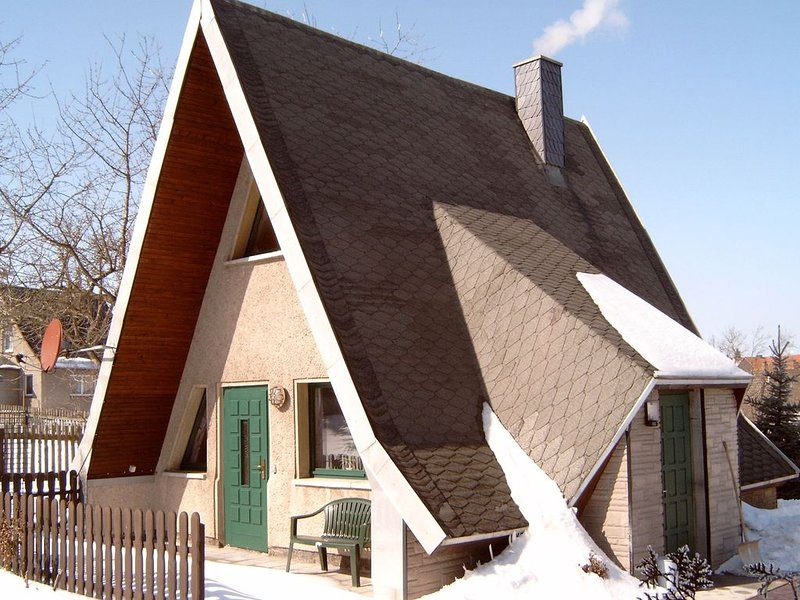Cosy A-frame house in the Harz with stove, private terrace and garden, holiday rental in Neuwerk