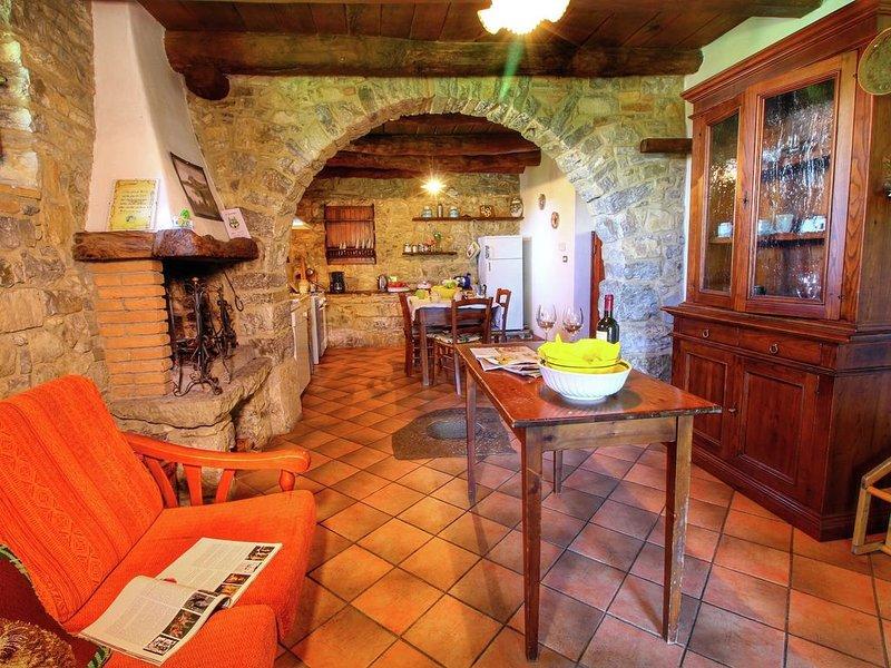 Lavish Farmhouse in Ortignano with Swimming Pool, holiday rental in Quota