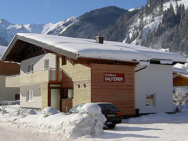 Modern Chalet in Großarl with Sauna, holiday rental in Dorfgastein