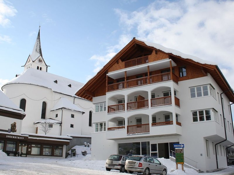 Modern Apartment in Leogang with Parking, holiday rental in Leogang