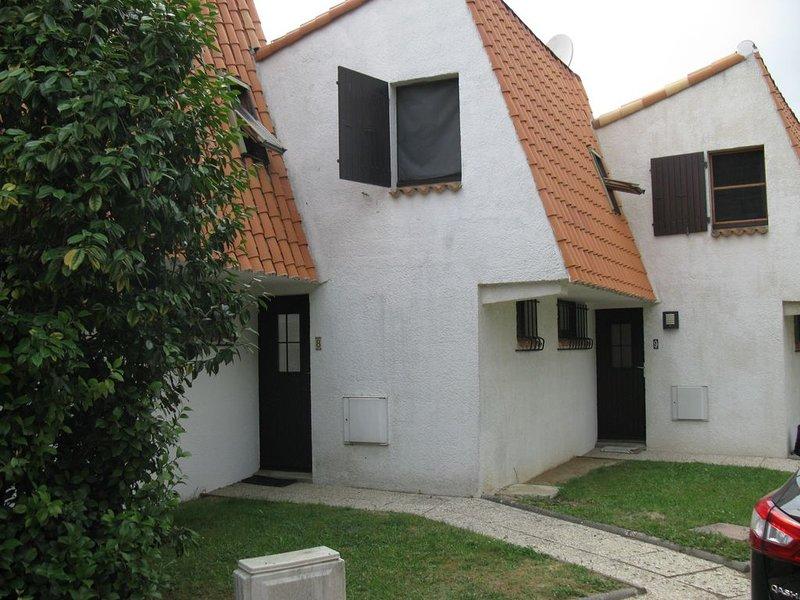 Maison au calme et jardin, location de vacances à Bourgenay