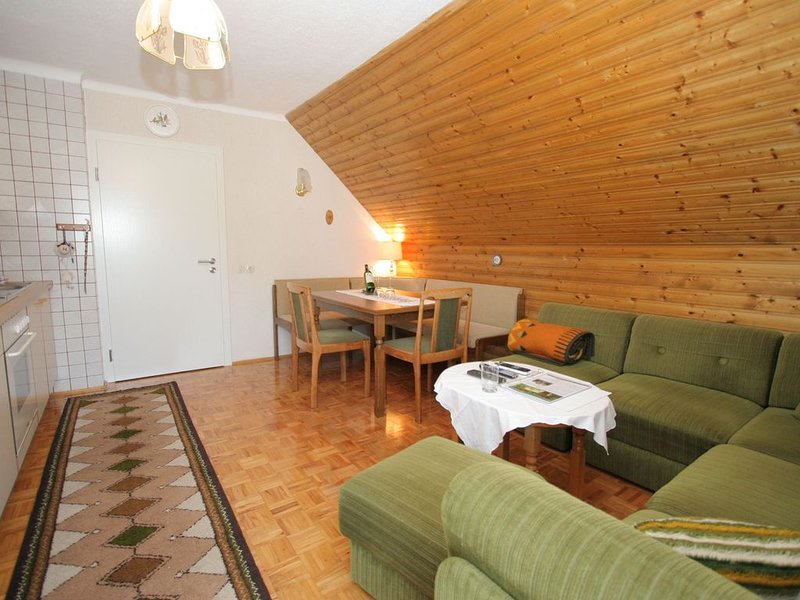 Apartment in Eberndorf with Balcony, Garden, BBQ, Bicycles, vacation rental in Neuhaus