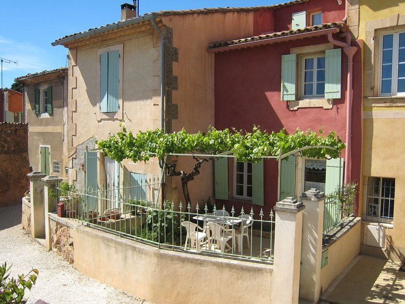 House from the 18th century in Roussilllon, holiday rental in Roussillon