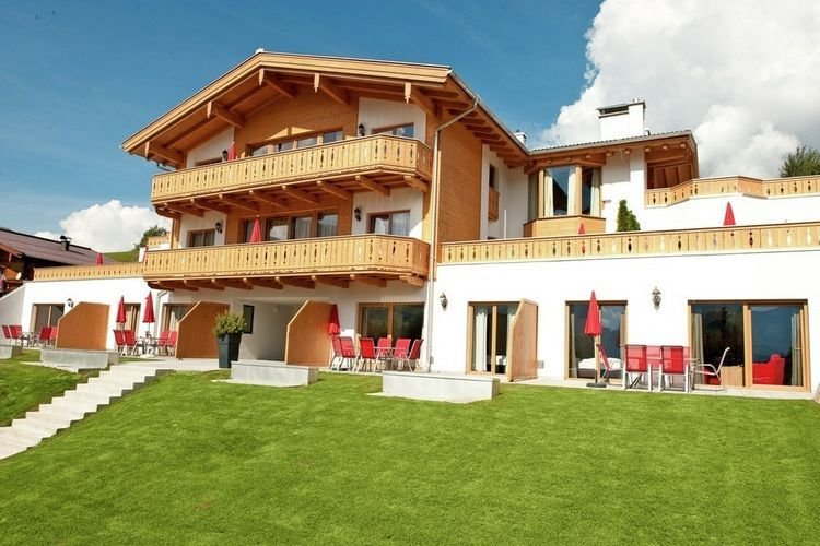 Luxury Apartment in Maria Alm with Sauna, holiday rental in Maria Alm