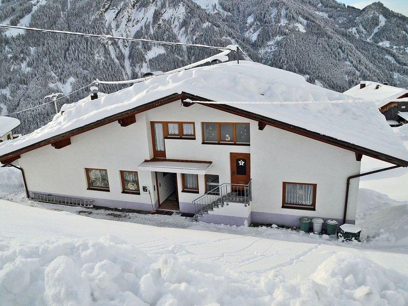 Exquisite Apartment in Kaunerberg Tyrol in the Mountains, alquiler de vacaciones en Feichten