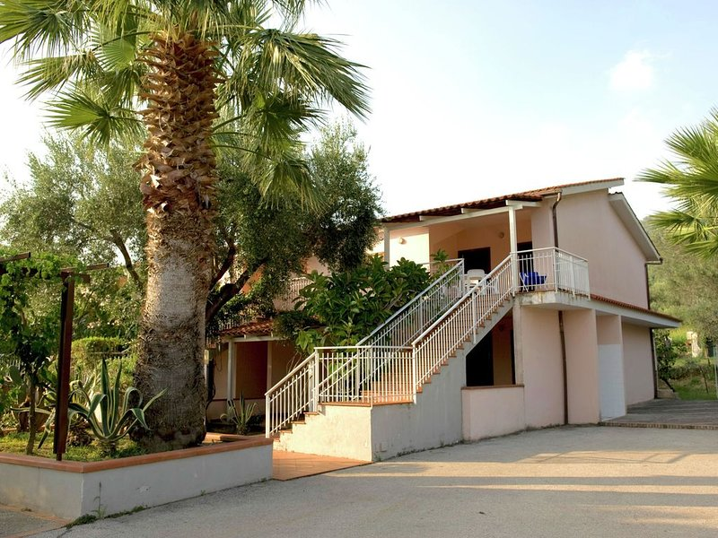 Holiday Home in Palinuro with Pool, Terrace, Garden,Bicycles, vacation rental in Lentiscosa