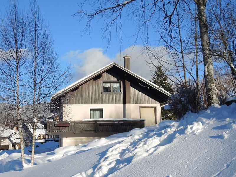 Alluring Apartment in Bernau im Schwarzwald With Valley View, location de vacances à Menzenschwand