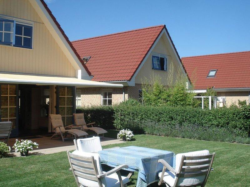Luring Holiday Home in Callantsoog near the Sea, holiday rental in Schoorl