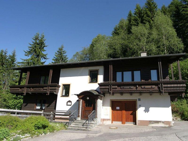 Cozy Apartment near Ski Area in Bad Kleinkirchheim, casa vacanza a Kleinkirchheim