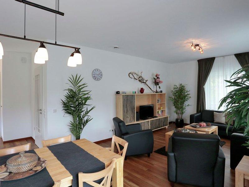 Beautiful Villa with Garden in Küstelberg, holiday rental in Elkeringhausen
