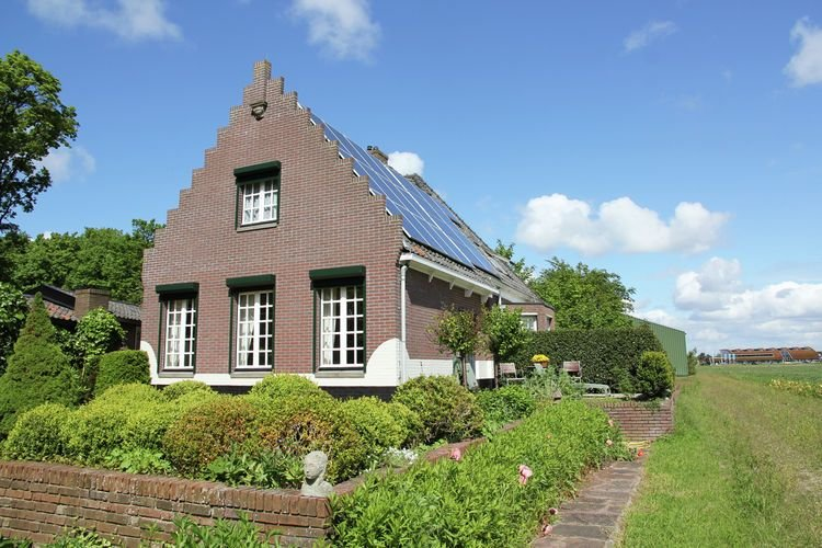 Cosy Holiday Home in Egmond aan den Hoef near Sea, holiday rental in Egmond aan den Hoef