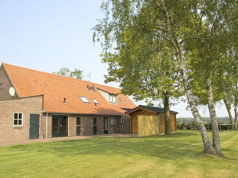 Quaint Holiday Home with Sauna in Venhorst, holiday rental in Veghel