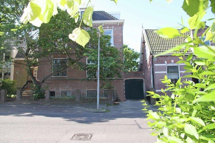 Gorgeous Apartment in Egmond aan Zee with Parking, casa vacanza a Egmond-Binnen