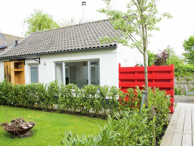 Lovely Cottage near Sea in Groede, vacation rental in Oostburg
